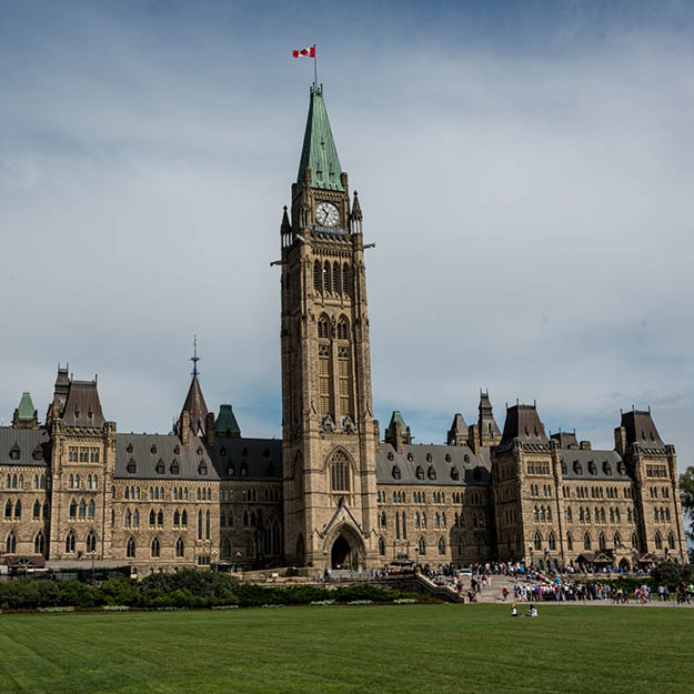 Finding and Bidding on Opportunities with the Government of Canada